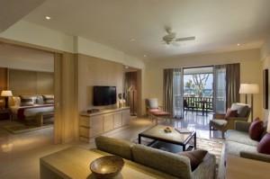 Conrad_Suites_livingroom