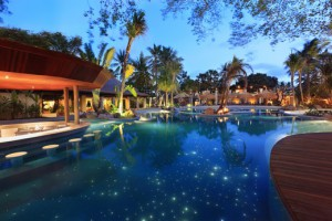 mandira Starlight Pool & Swimup Bar