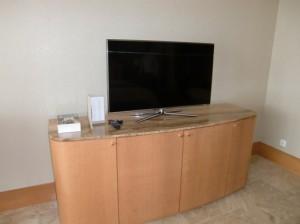 42型フラットテレビ