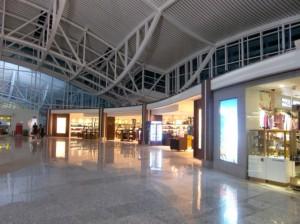 ターミナル入り口付近のショップ3