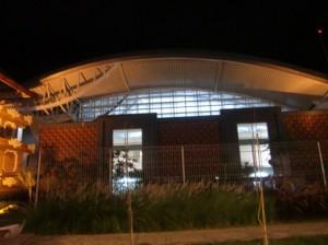 夜の新空港