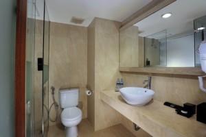 010-NEO Petitenget Bath Room Superior