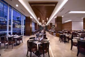 4. Alana Yogyakarta - Restaurant - Med