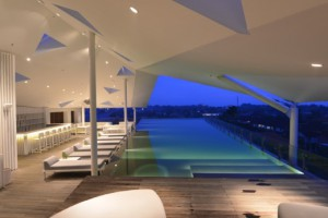 Ize Roof Top Pool