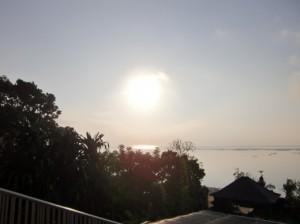 マヤサヌールの朝日