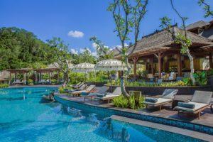 the-pool-bar