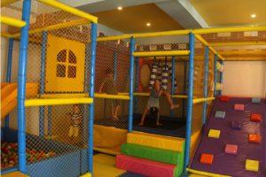 Kids adventure room