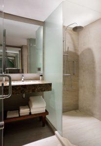 Sayana Lounge_shower room